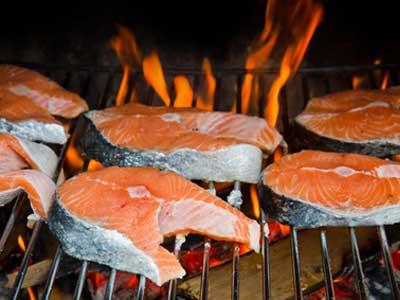 Weber Elektrogrill Lachs Grillen : Fisch grillen abwechslung auf den grill zaubern grillportal